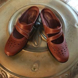 Shoes. 7 1/2 M