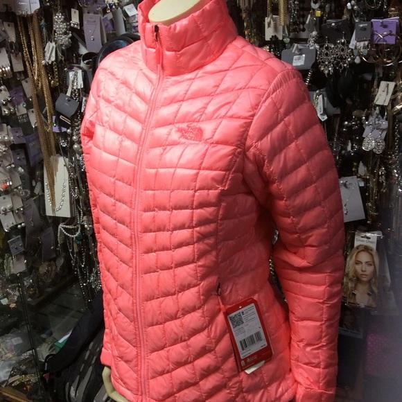 bce8e563a The North Face Neon Peach Women's Jacket NWT