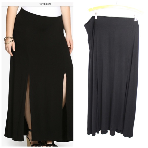 03ce948e1cf Torrid Black Double Slit Maxi Skirt in Sz 4 4X NWT