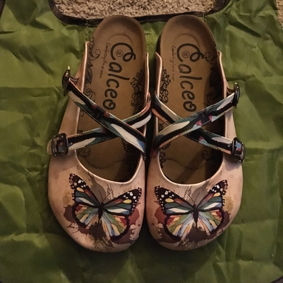 cb143e9640e5 Calceo slip on shoes