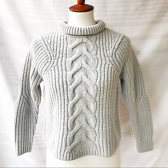 AYR Sweaters - NWT AYR Cable Knit Gray Collared Sweater Size XS