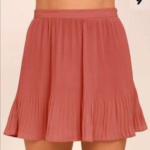 NWT Lulus Pleated Skirt