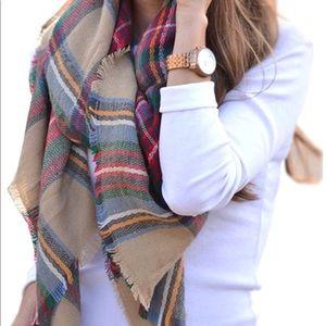 Accessories - Plaid blanket scarf, shawl