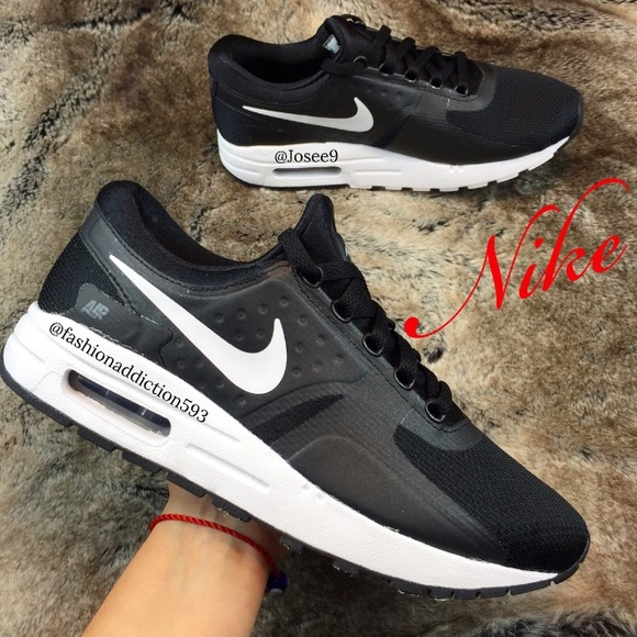 quality design 4d0d6 52690 Nike Air Max Zero Essential women's black shoes NWT