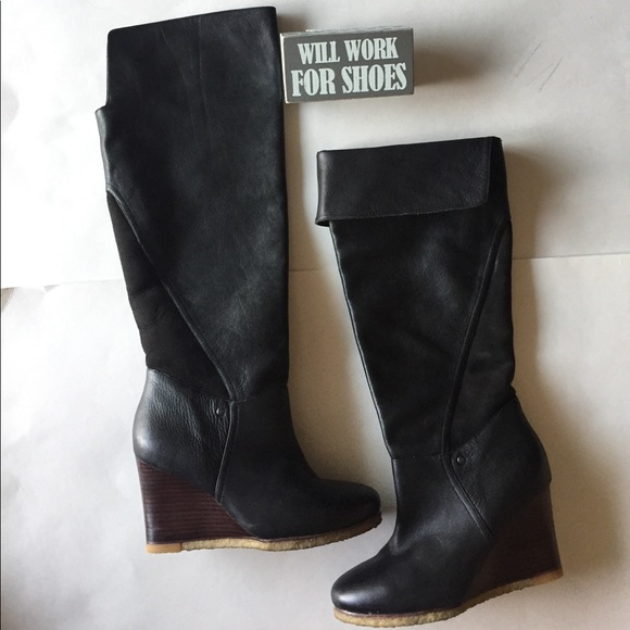51106768b72f UGG Ravenna Cuffable Wedge Boots. M 5a0466e6bf6df5185302f6fc