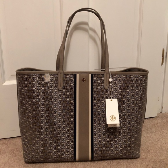 3ae342e1d73 NWT Tory Burch Gemini Link Tote in French Gray