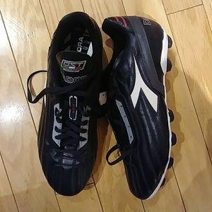 Diadora men's soccer shoes kleets NWOT [357]