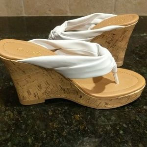 Adorable Thong Wedges
