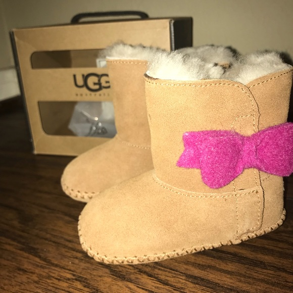 447a3e84988 Toddler Uggs - Cassie Bow size 4/5, never worn NWT
