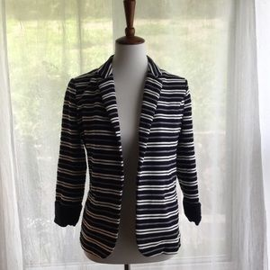 Skies are Blue Stitch Fix SZ S Striped Open Blazer