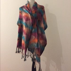 Accessories - Beautiful large scarf / shawl