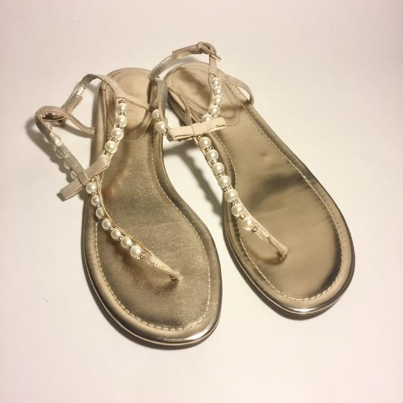 5113b71be08 Unisa Pearl thong sandals 9.5. M 5a03dfac8f0fc4635b01f79c