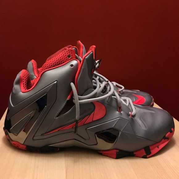 timeless design 9dd09 9b0aa Nike Lebron XI 11 Elite Wolf Grey Crimson Black