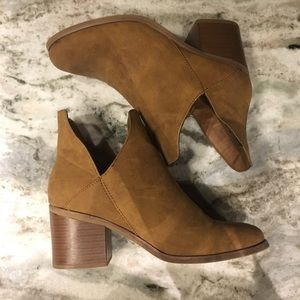 Camel brown ankle booties. Size 9.5