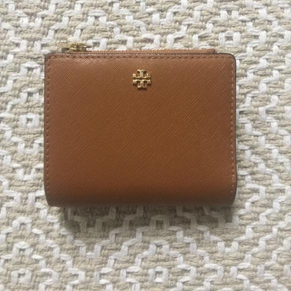 95d63d5fc Tory Burch Robinson Mini Wallet. M 5a0463cda88e7d3c4202fc77