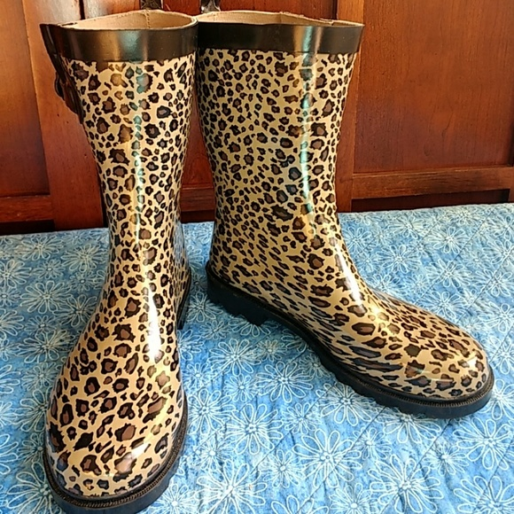 Cheetah print rain boots with fleece liners cd94207596b5