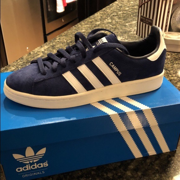 68a78588c207 Pair of Adidas Campus - Navy Blue