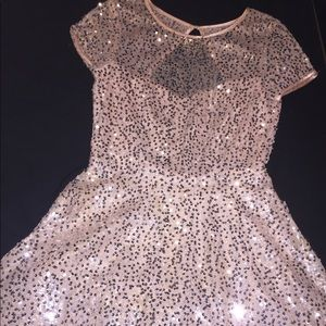 Dresses - Baby pink sequin dress
