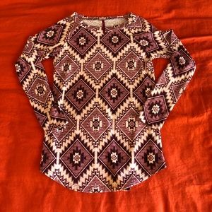 Tops - Boutique sweater size small