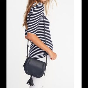 🆕LISTING Old Navy Whipstitched Saddle bag