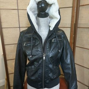 JUNIOR SZ MED faux leather lined jacket!!