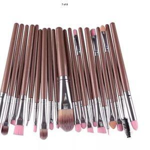 Other - Gold Complete 20 pcs set pro make up brush set