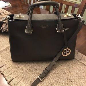 Henri Bendel handle purse