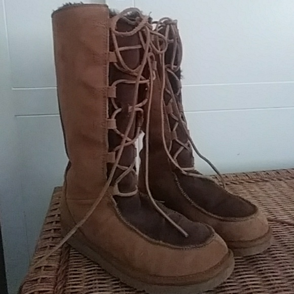 1b14d0edfac Uggs Uptown Lace Up High Boots New size 7 #5230