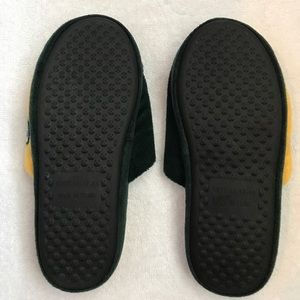 3045ab10 Unisex Green Bay Packers Slippers