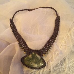 Jewelry - Macrame handmade agate large choker necklace