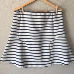 Ann Taylor white & navy stripe tulip knit skirt