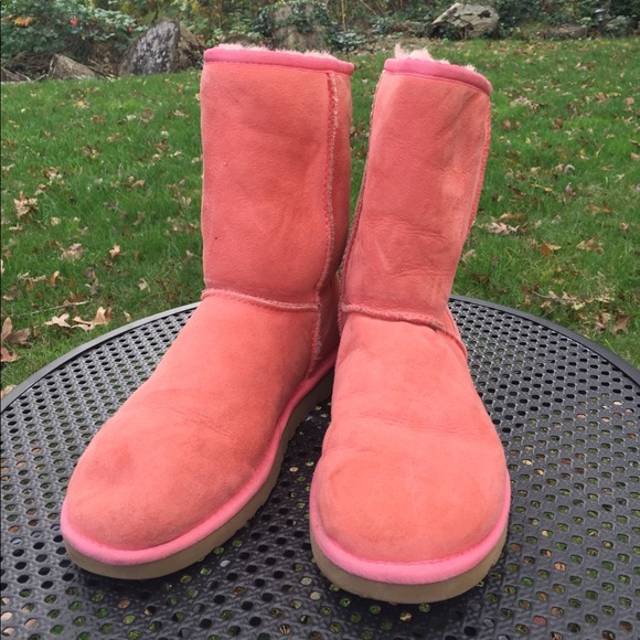 820c0494ba Bright and Warm Salmon Uggs. M 5a04a613f739bc7be303f0de. Other Shoes you  may like