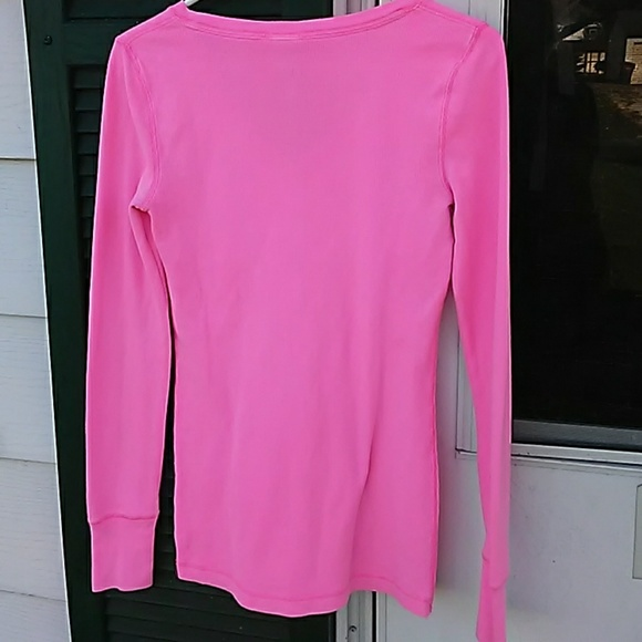 PINK Victoria's Secret Tops - VS PINK thermal shirt! Cute!
