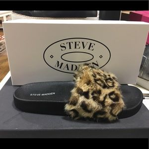 New in the box Steve Madden Softey Slides Leopard