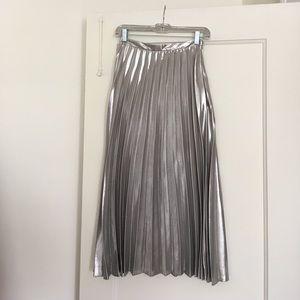 Topshop Metallic Pleated Midi Skirt ⚙️