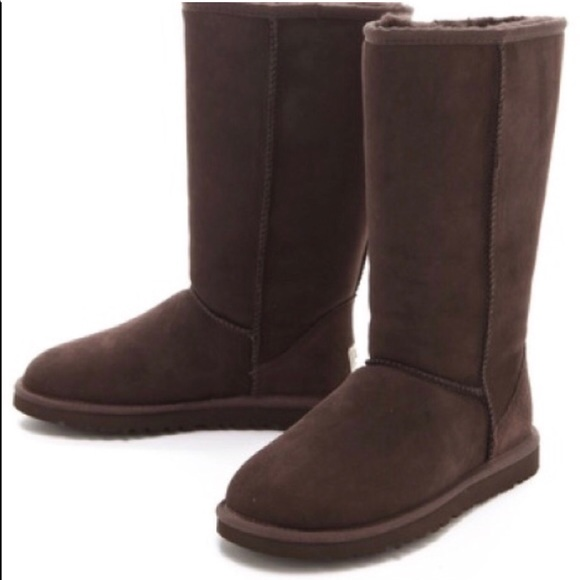 deeb71e9afc Brown Uggs Good Condition
