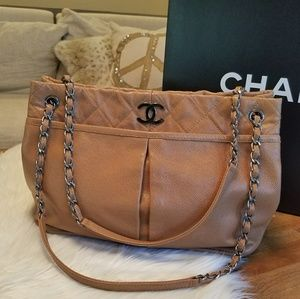 CHANEL 🎉 TODAY ONLY 🎉 Shopper PERFECT CONDITION
