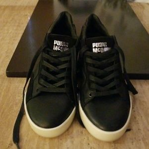 Alexander McQueen sneakers Final price