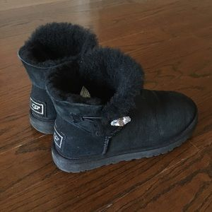 UGG classic ankle boots-Mini Bailey Button Bling