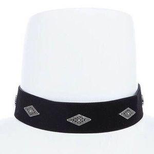 Jewelry - Wide Velvet Black And Wine Choker