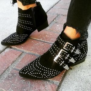 🆕//The Emma// Black studded bootie