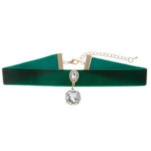 Jewelry - Green Velvet Choker Necklace
