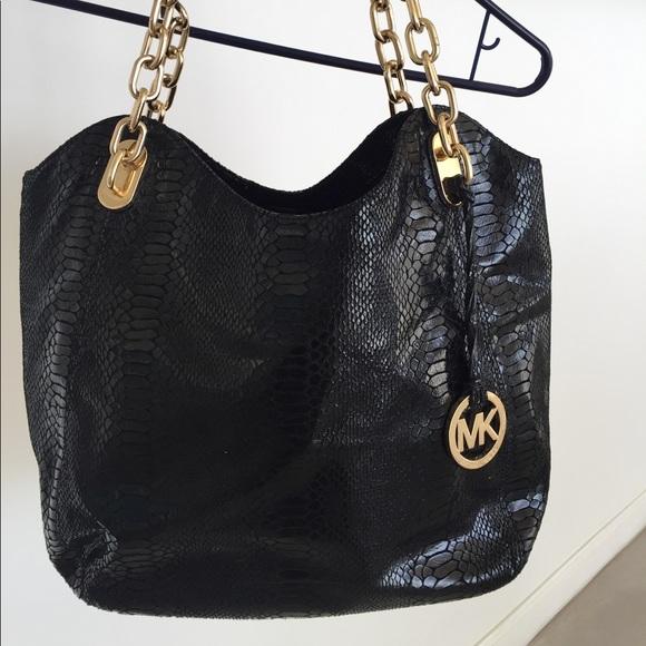 e486d9a6e28d NWOT Michael Kors Python Bag! Black