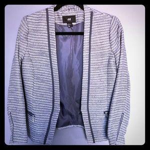 Jackets & Blazers - H&M beautiful Tweed blazer Size 6