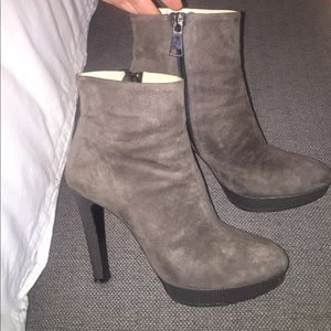 Vince Camuto signature bootie