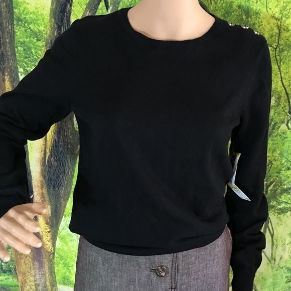 Anne Klein Sport Sweaters - Anne Klein Black pullover sweater.
