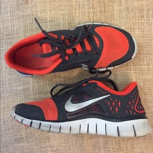 Big Kids Nike Free Run 3 Sz 5y (Women's Sz 6.5) <td style=