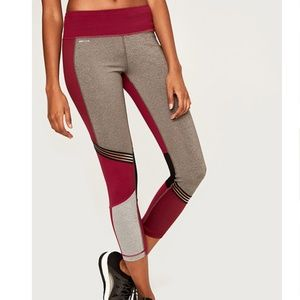 NWT Lolë 'Panna' dark berry leggings