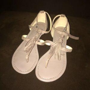 Fringe taupe sandal