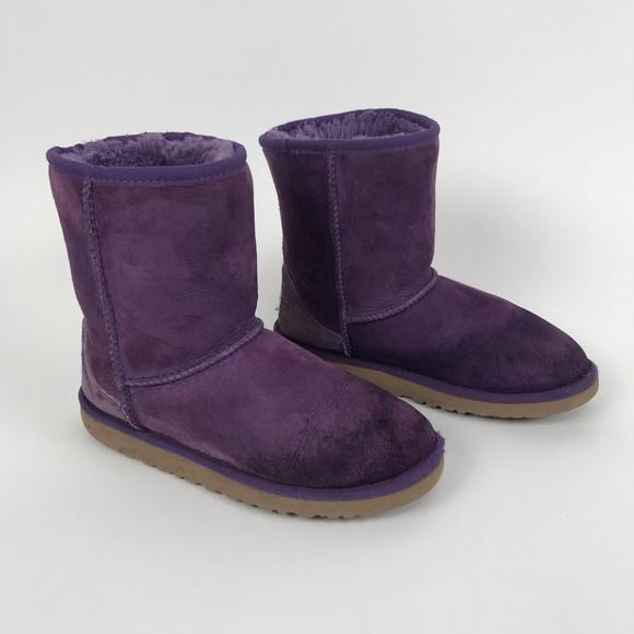 514756b9c42 UGG Women's Purple Classic Short Boots Size 5